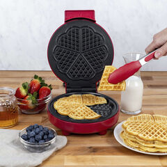 Kalorik Heart-Shaped Waffle Maker, Red, RED