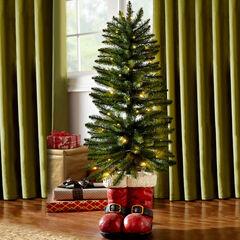4' Santa Boots Tree, GREEN