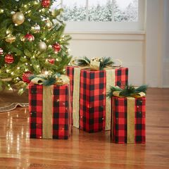 Pre-Lit Gift Boxes, Set of 3, PLAID