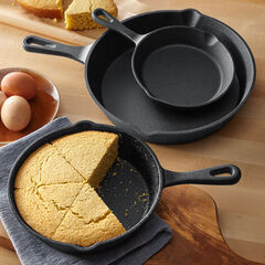 3-Pc. Cast Iron Skillet Set, BLACK