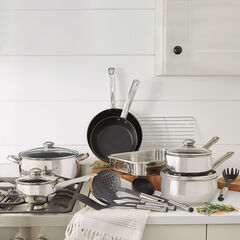 18-Pc. Belly Shaped 18/10 Stainless Steel Cookware Set, STAINLESS